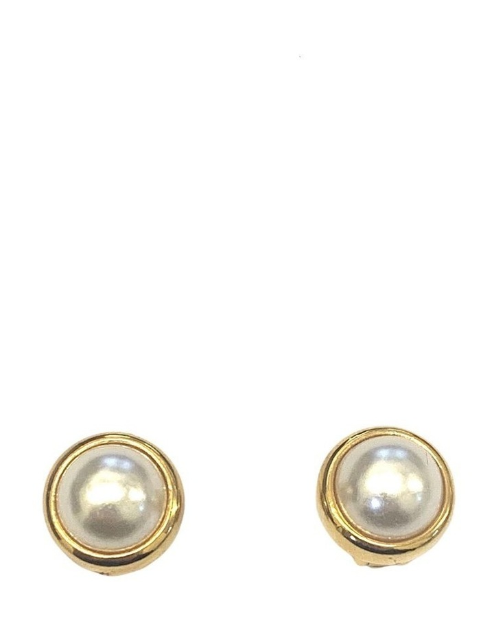 DOME PEARL CLIP EARRING image 1