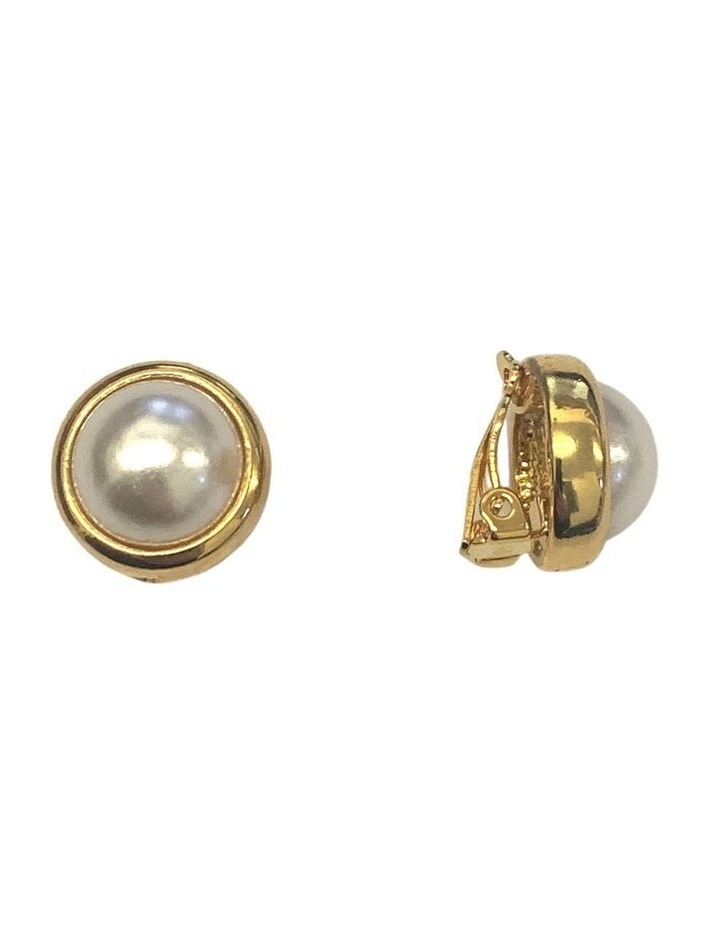DOME PEARL CLIP EARRING image 2