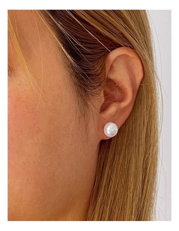 9-9.5mm Freshwater Pearl White Stud Earrings image 2