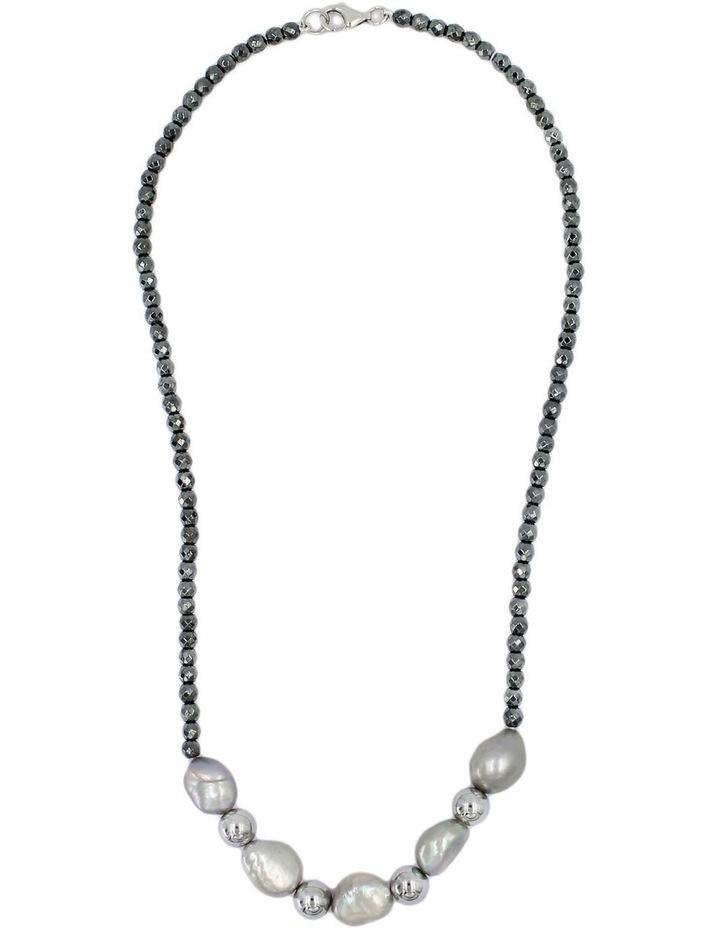 Contemporary Baroque Pearl Necklace image 2