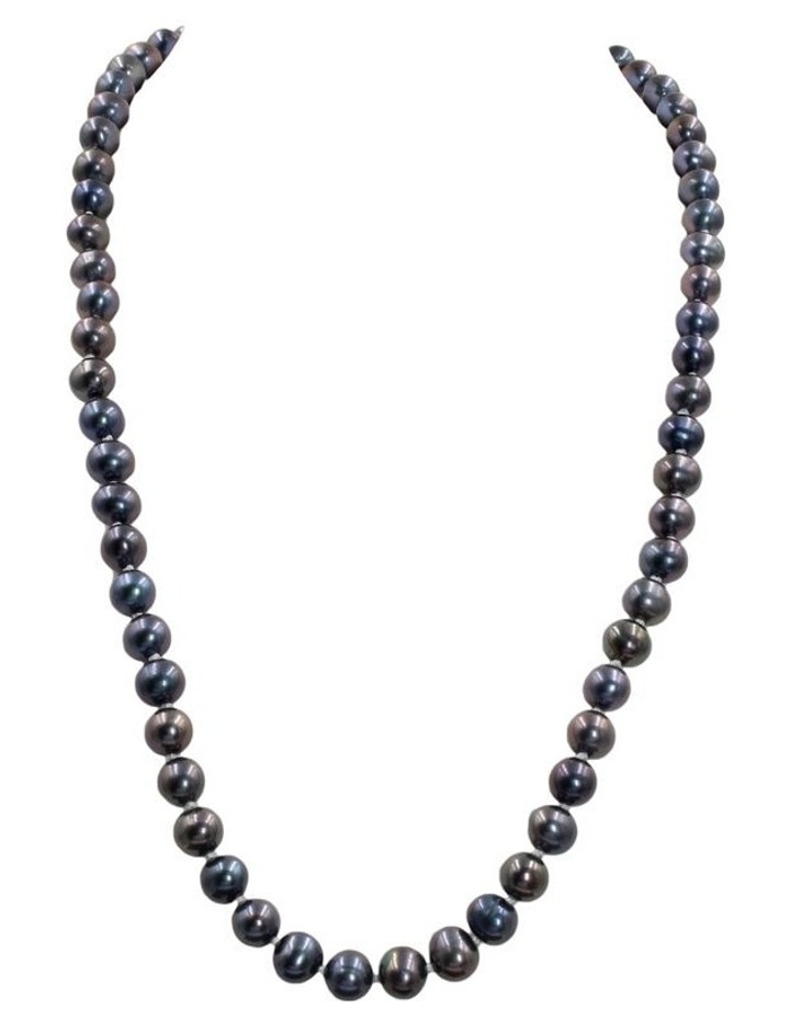 Timeless Pearl Necklace image 1