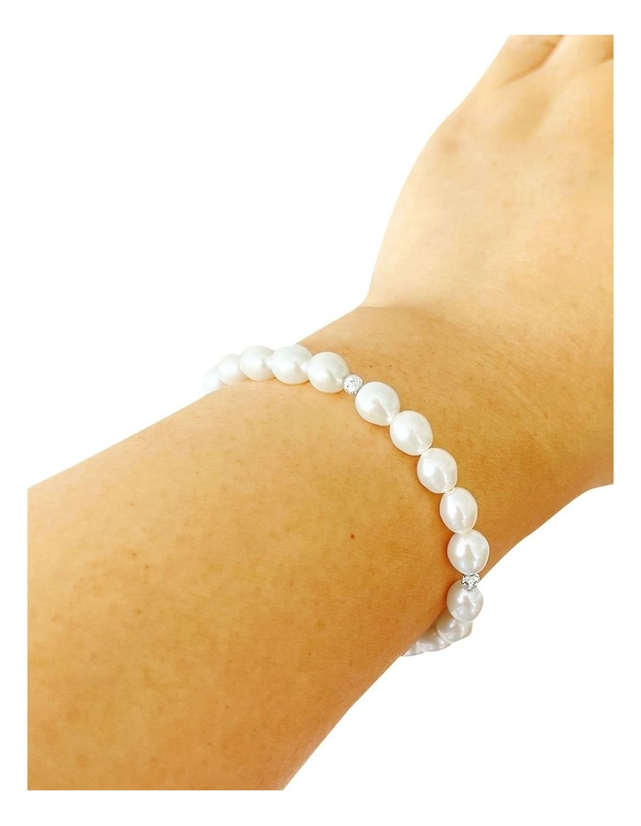 Classic Silver And White Pearl Elasticized Bracelet image 2