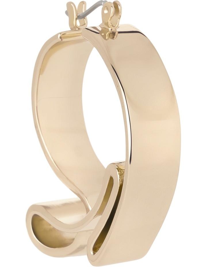 WCGEW17ER21 Sculptural Metal Ribbon Hoop Earrings image 2
