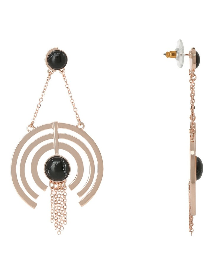 WCJHW17ER30 Marbled Resin Crop Circle Fringe Earrings image 2