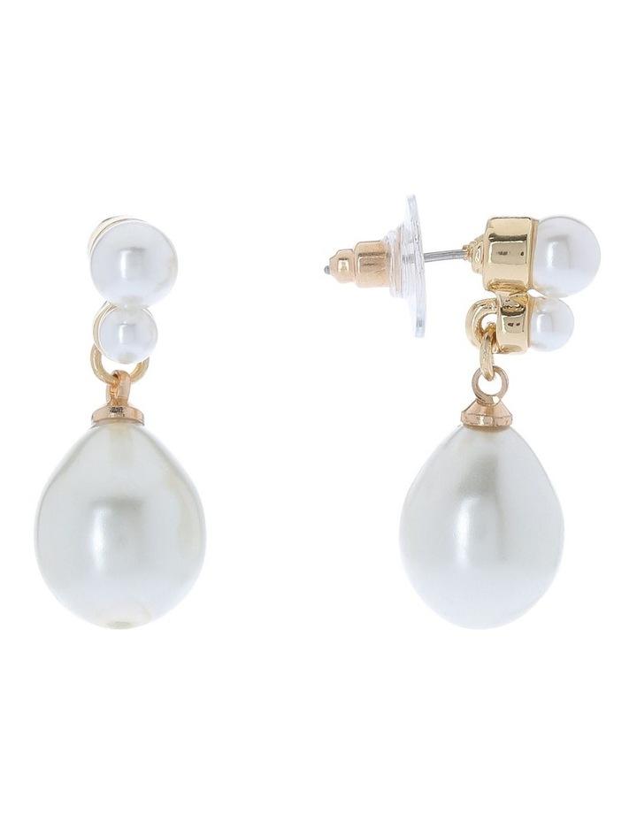 Teardrop Pearl Earring image 2