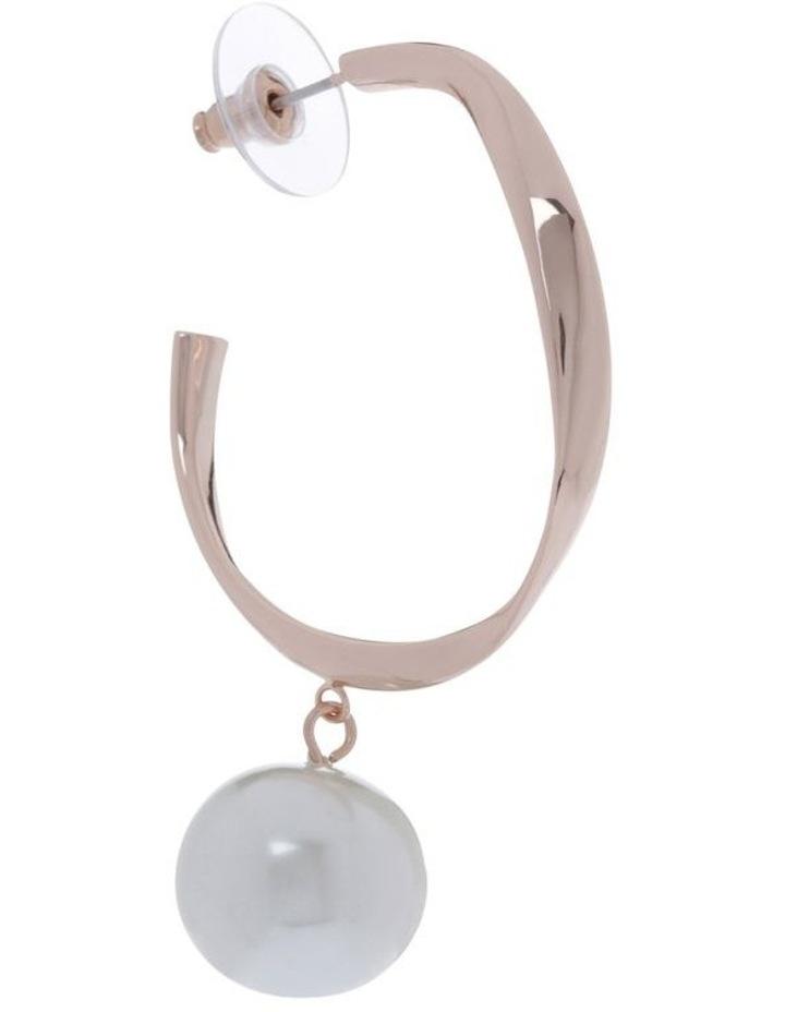 Twist Hoop And Pearl Earring image 2