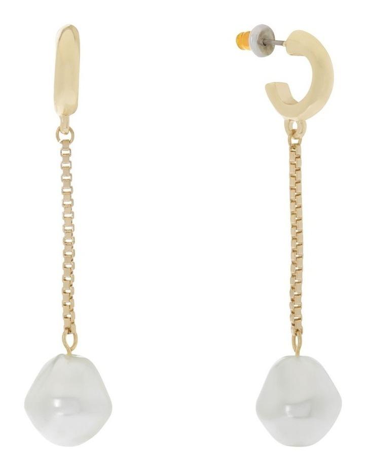 Pearl Chain Drop image 2