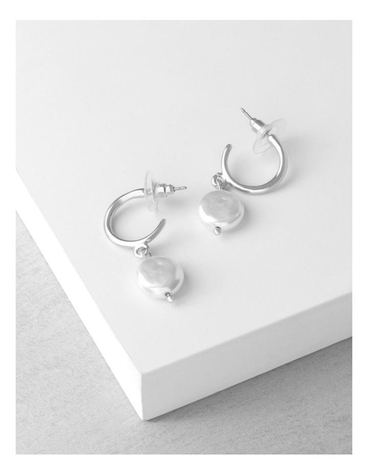 Organic Pearl Hoop Earrings image 3