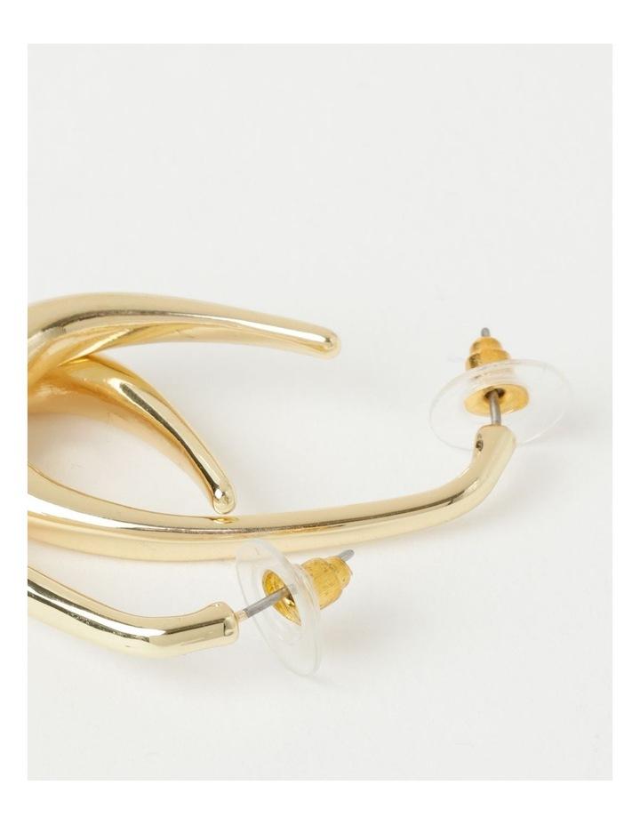 Sculptured Oval Gold Hoop Earrings image 3