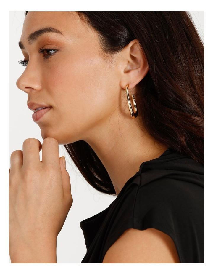 Sculptured Oval Gold Hoop Earrings image 4