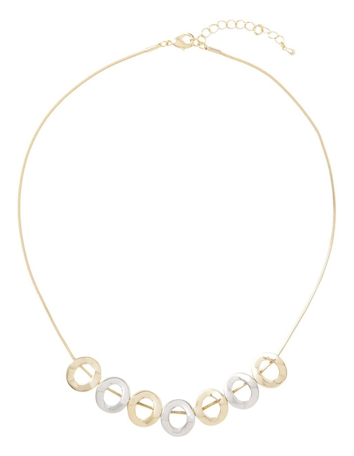 Short Necklace With Hollow Hoops image 2