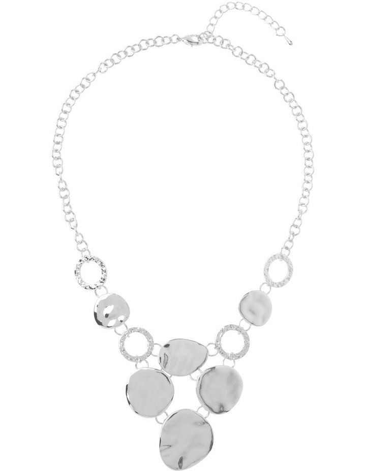 Ringed Metallic Short Necklace image 2