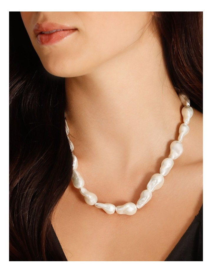 Freshwater Pearl Short Necklace image 4