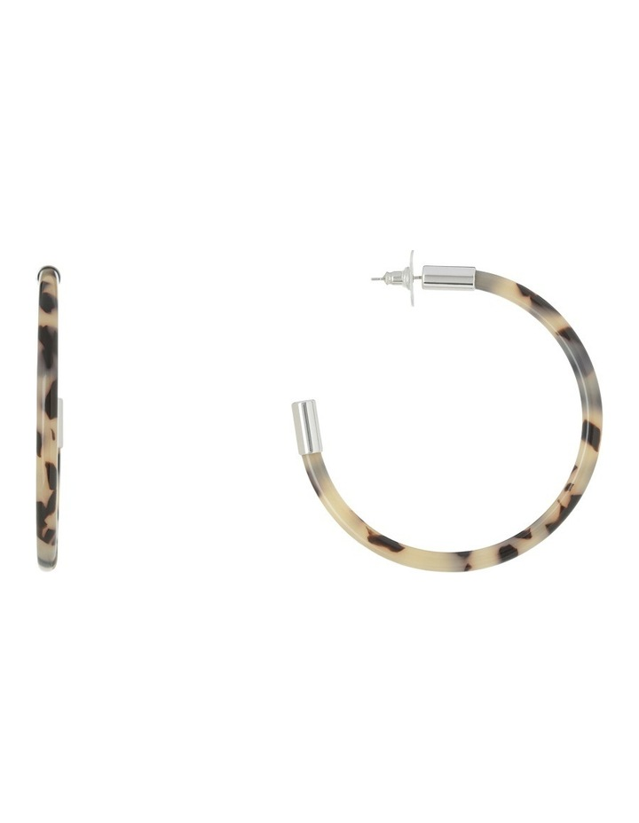 Nefertiti Hoop Resin Earrings :Tortoise Ea7104 A by Peter Lang