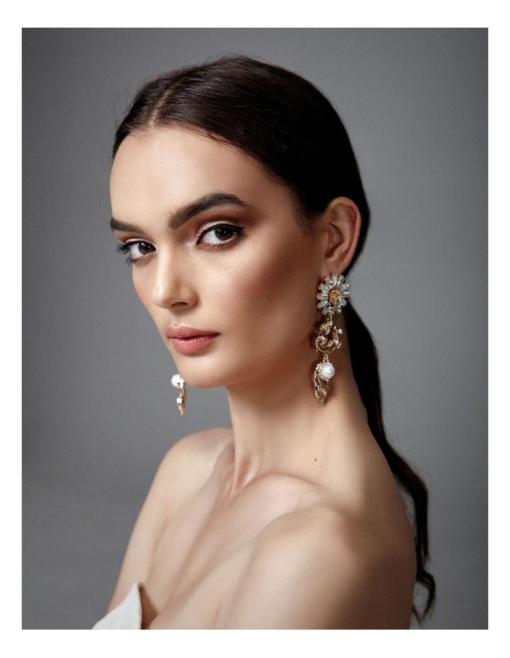 Soriya Sunflower Earrings image 3