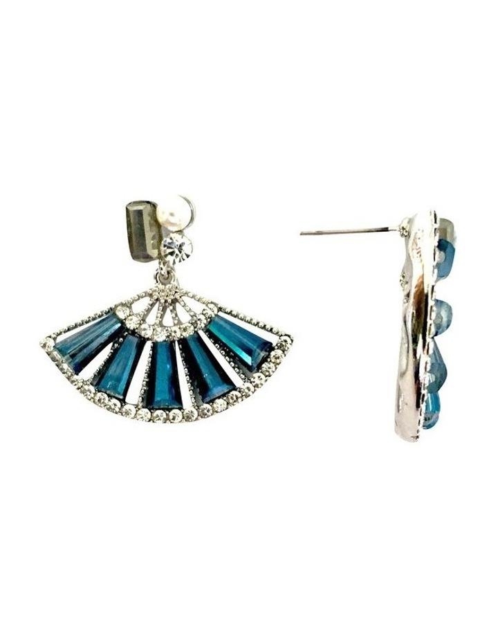 Drop Fan Earrings image 2