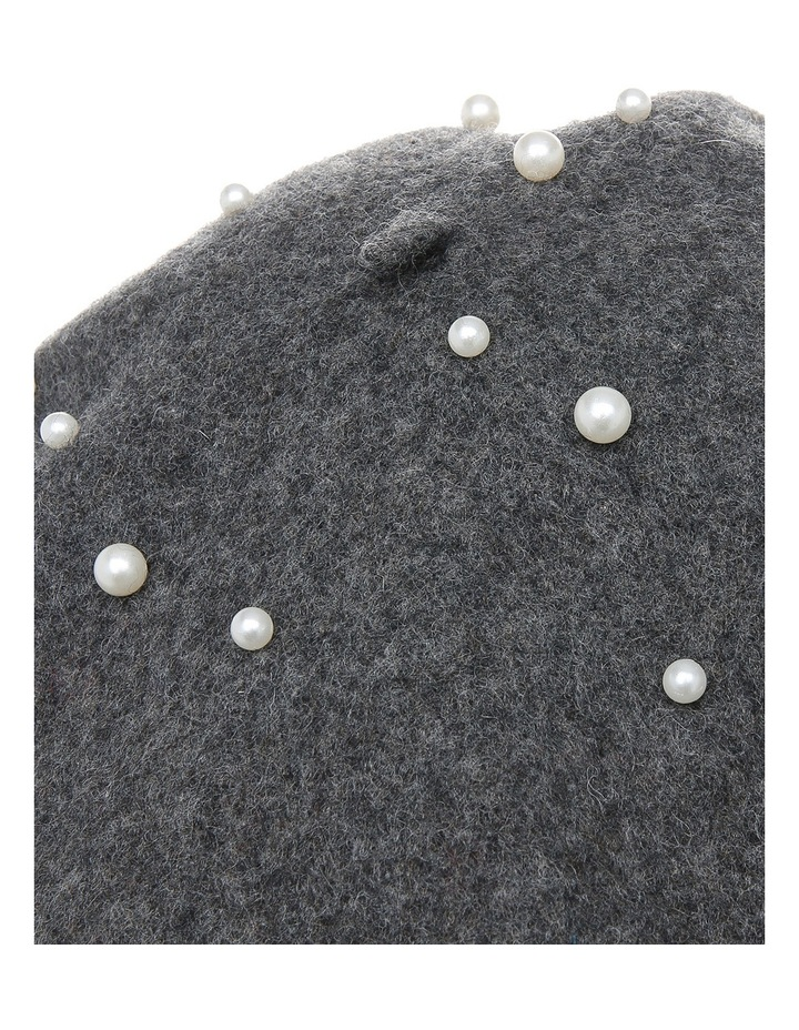 Beret With Pearls S-602-2 image 4