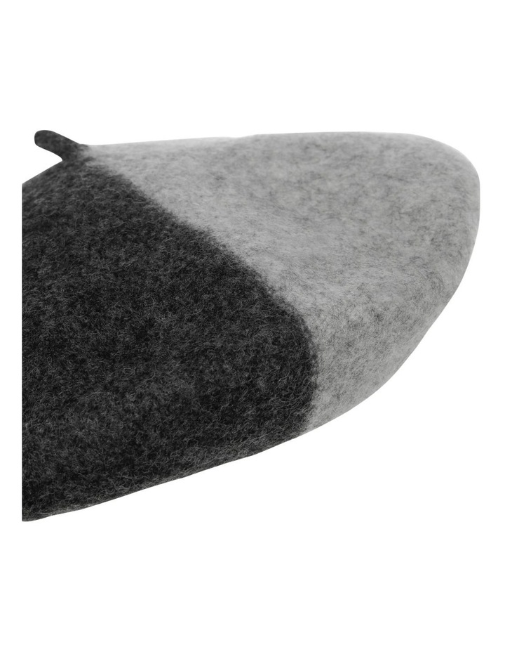 Two Tone Beret image 3