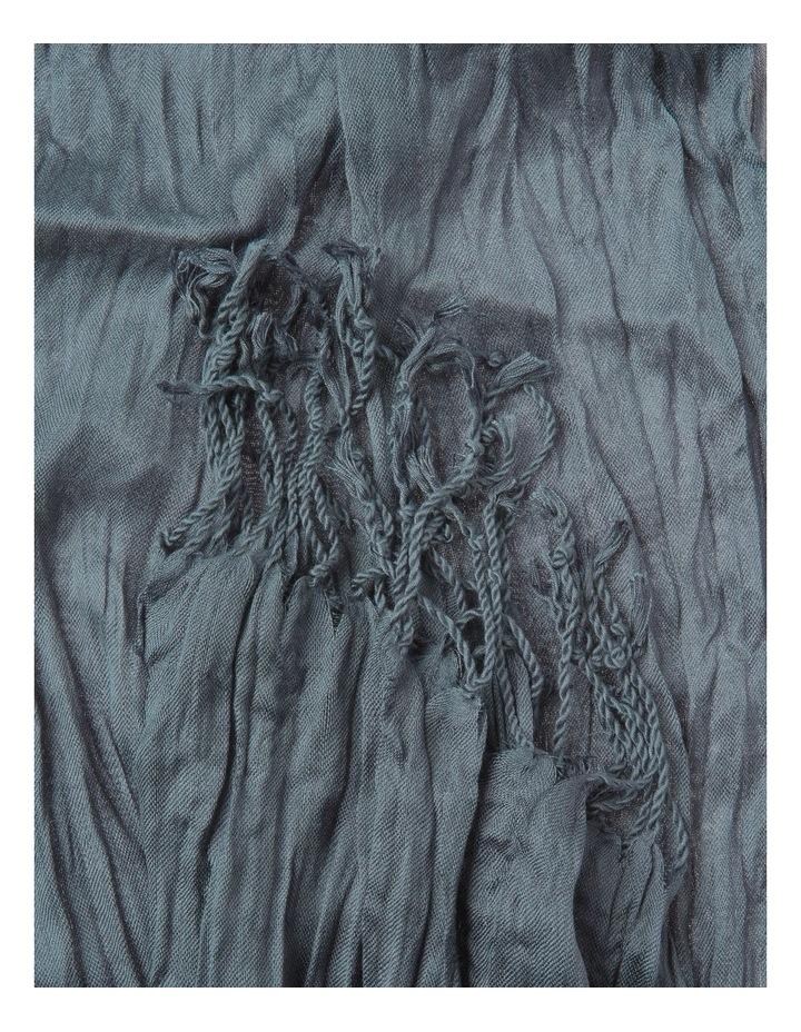 Crinkle  Scarf image 2