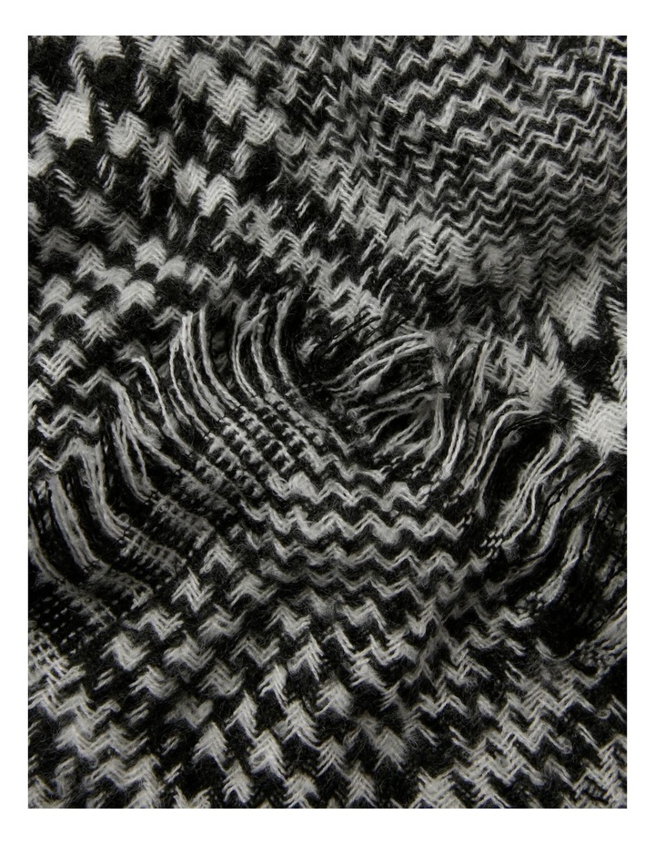 Houndstooth Scarf image 2