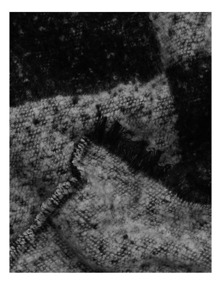Boucle Checks Scarf image 2