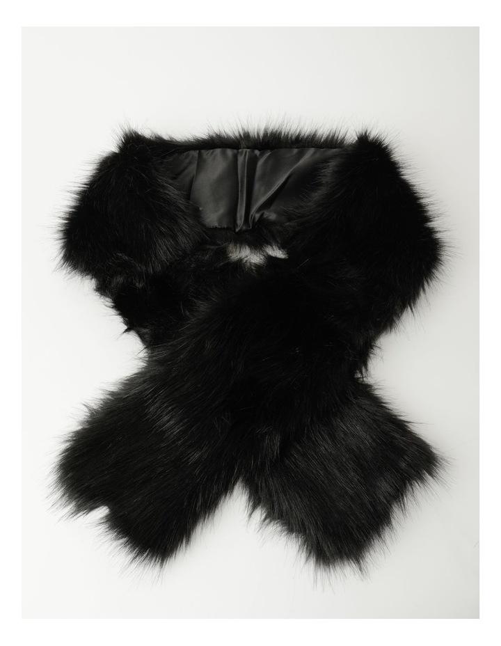 DL01192 Faux Fur Stole image 1