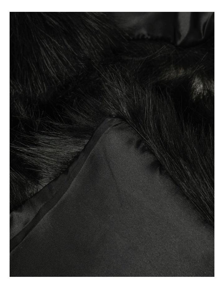DL01192 Faux Fur Stole image 2