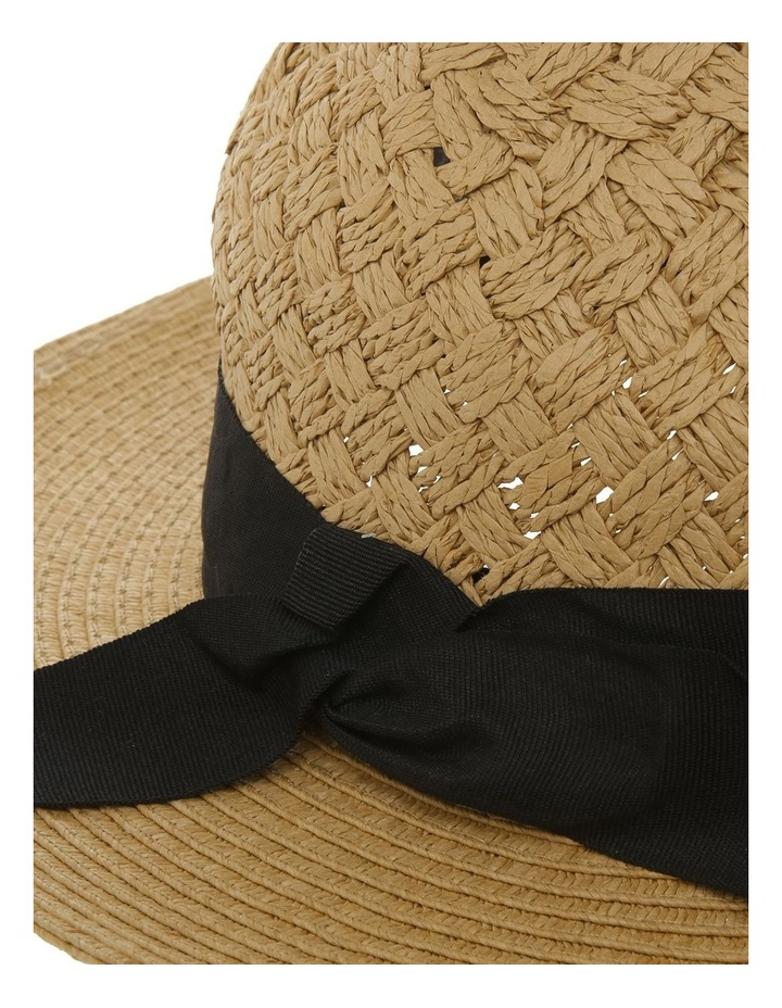 Woven Featured Hood W Plain Brim And Contrast Band image 4