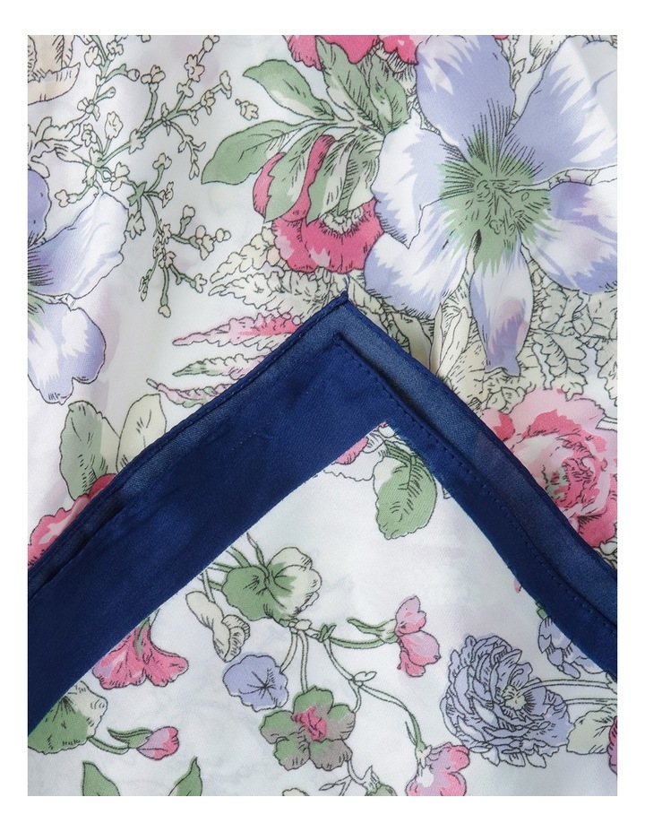 Floral Kerchief With Boarder image 2