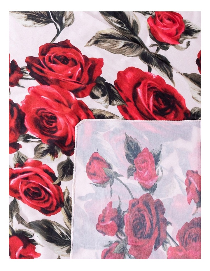 Roses Scarf image 2