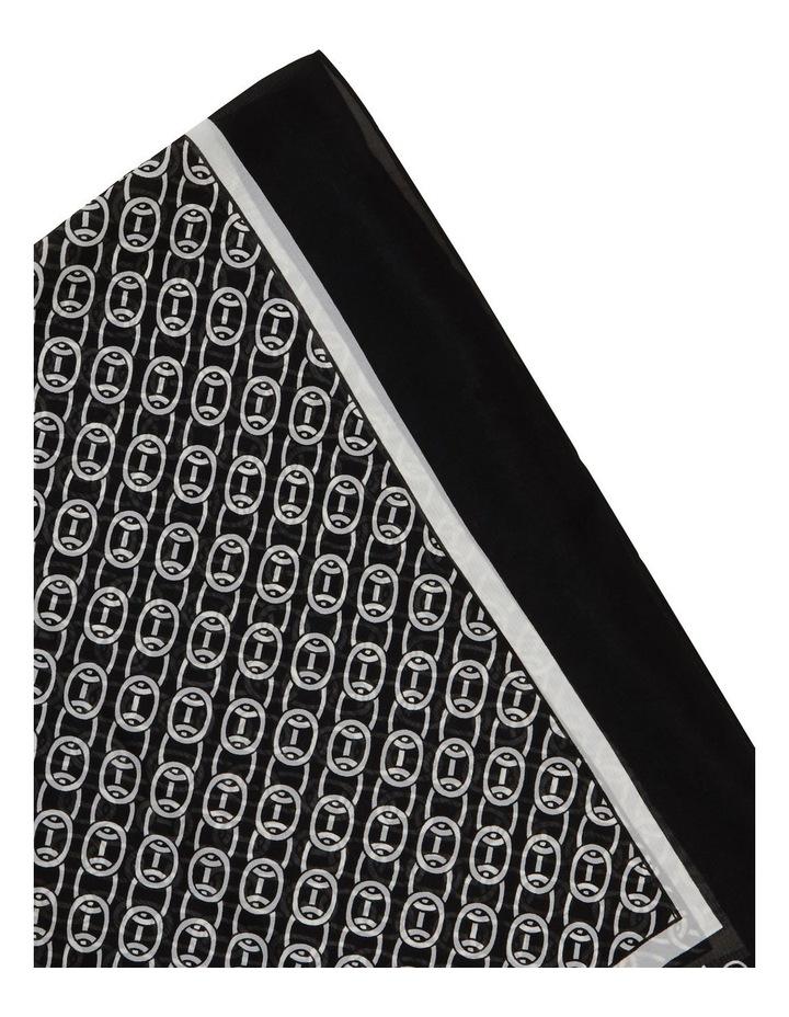 A0WS5999 Chain Print Chiffon Square Scarf image 2