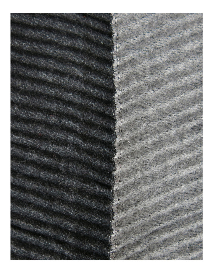Reversible Pleated Scarf SC244 image 2