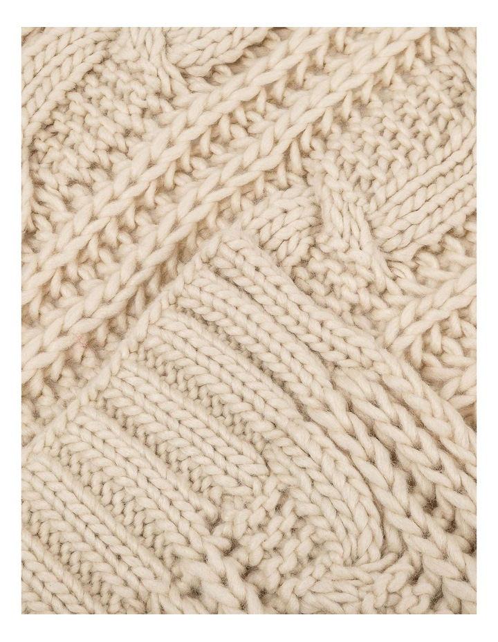 GNKQ124M Cable Knit Scarf image 2