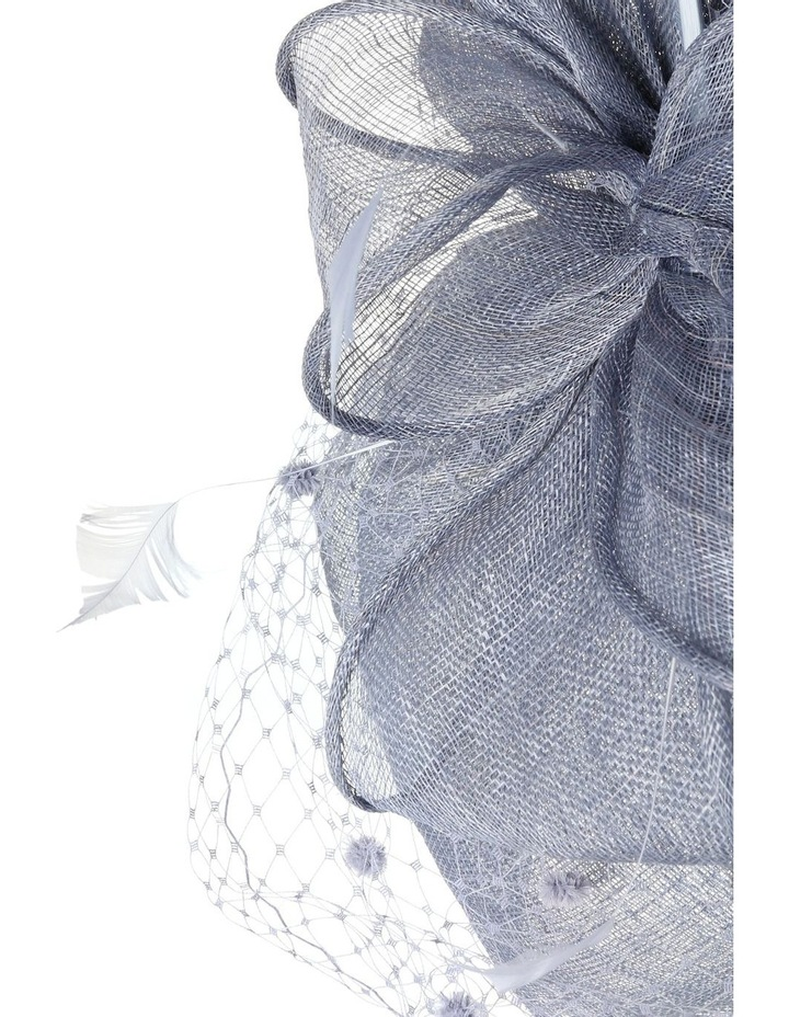 Classic Sinamay Curved Pad with Self Bow Spotted Veiling and Feathers image 4