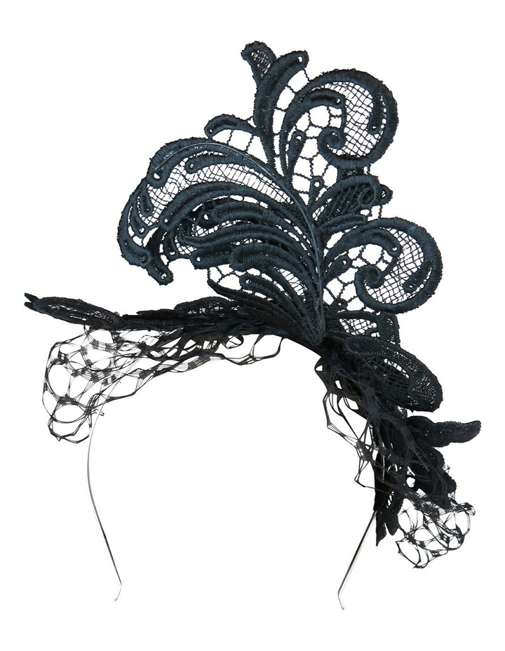 Lace Fascinator With Veiling And Diamante image 3