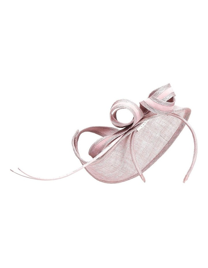 GHRP002M - GHRL049M Vertical Pointed Fascinator With Curls And Sticks image 1