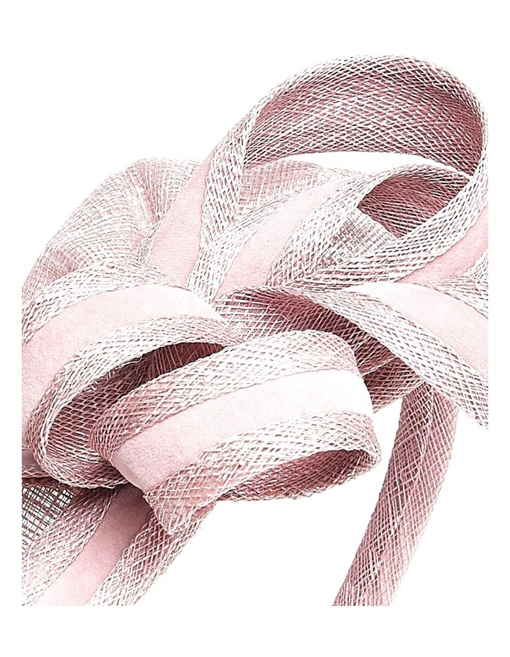 GHRP002M - GHRL049M Vertical Pointed Fascinator With Curls And Sticks image 3