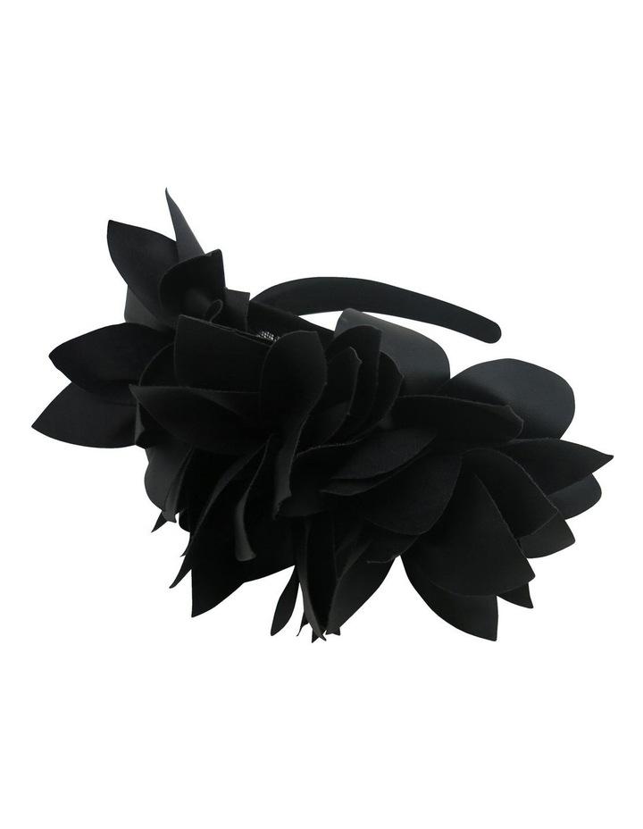 Pu Petal Headband image 3