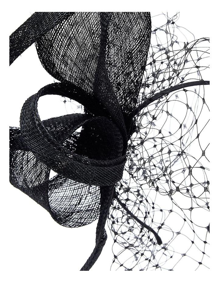 Sinamay Bow W Veil image 3