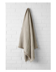 Aura by Tracie Ellis - Vintage Linen Throw in Natural