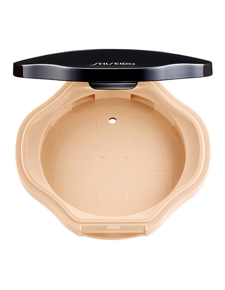 Sheer and Perfect Compact Foundation Case image 1