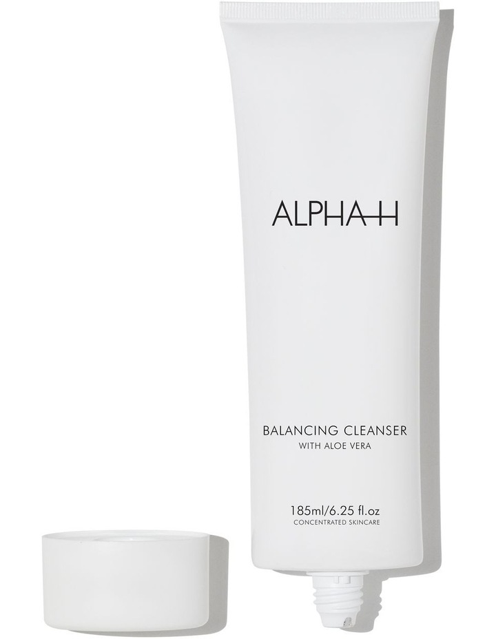 Balancing Cleanser with Aloe Vera image 1
