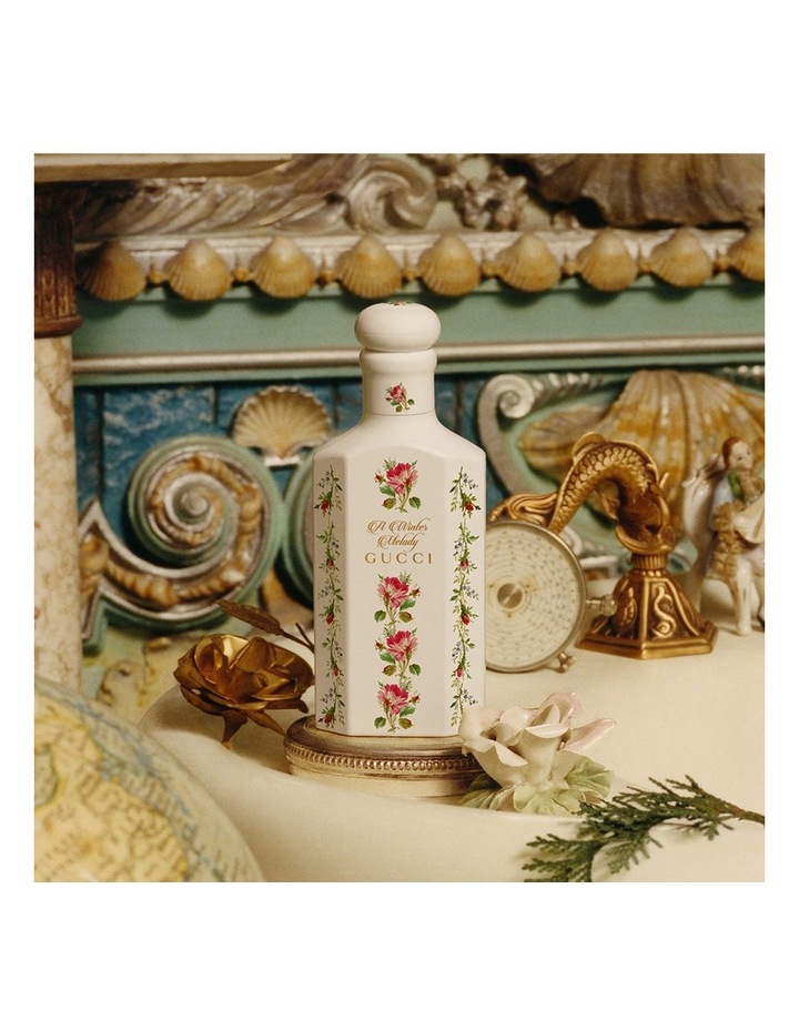 The Alchemist's Garden  A Winter Melody Acqua Profumata 150ml image 3