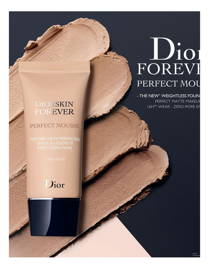 Forever Perfect Mousse Foundation image 2