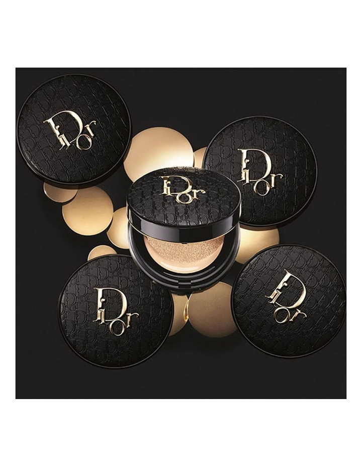 Forever Perfect Cushion - Diormania Gold Limited Edition Cushion Foundation - 24H Wear image 3