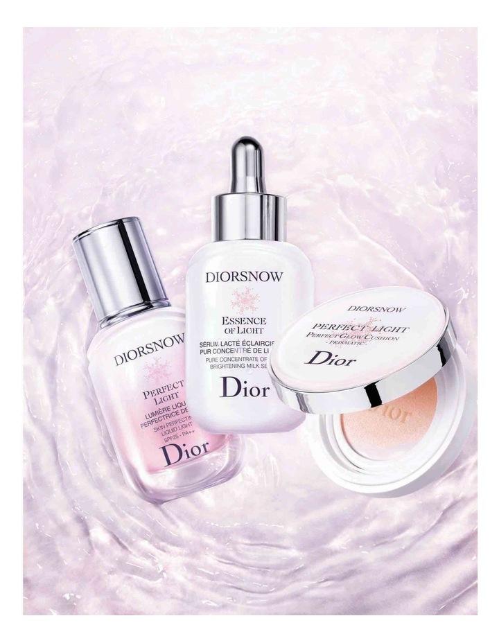 Diorsnow Essence of Light Serum image 6