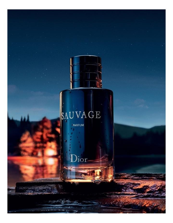 Sauvage Parfum image 5