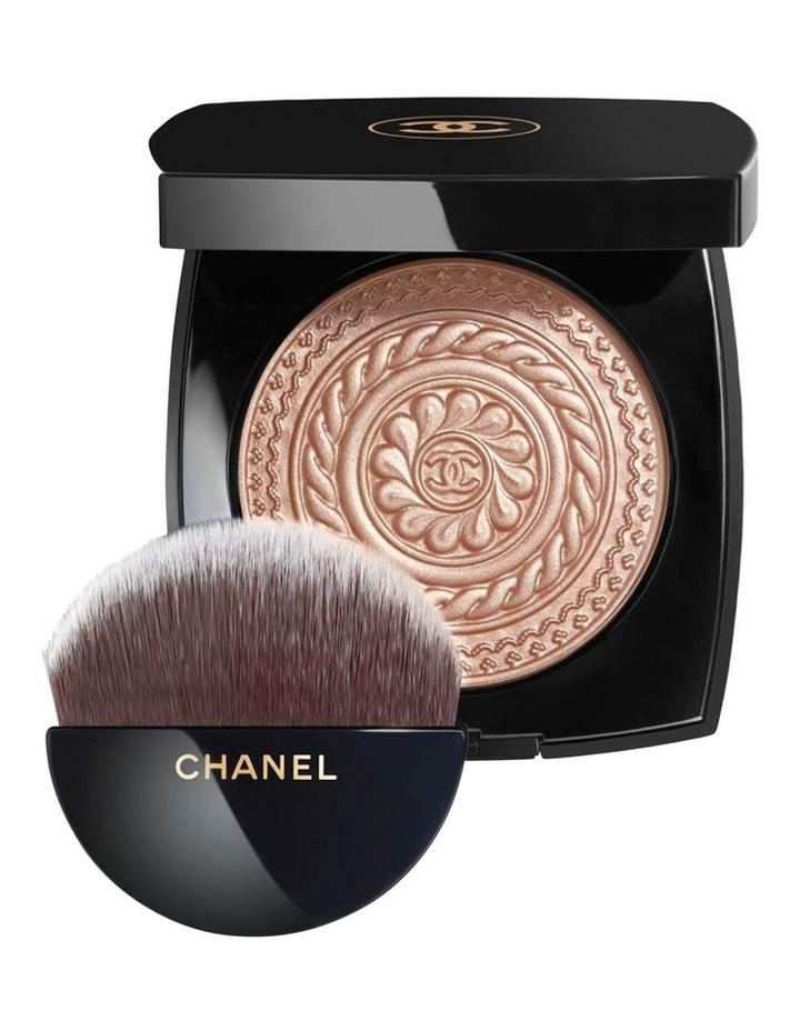 Exclusive Creation Éclat Magnétique De Chanel. Limited Edition image 1