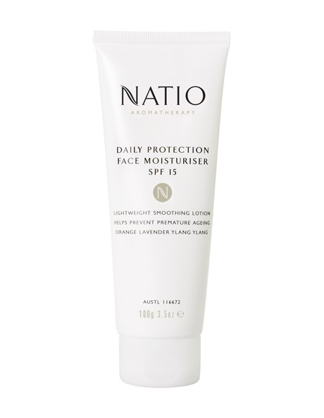 Daily Protection Face Moisturiser SPF15 image 1