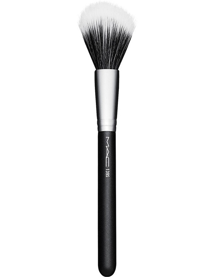 139S Duo Fibre Tapered Face Brush image 1